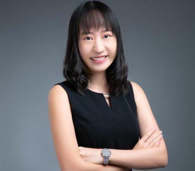 Ms. Sophia Lau 計畫書專員 Business Plan Specialist